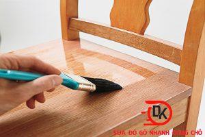 Báo giá dịch vụ sơn đồ gỗ mới nhất 2019