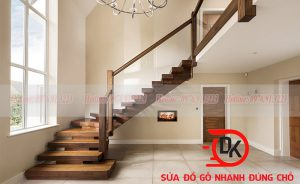 Vị trí của cầu thang phổ quát nhất là ở giữa nhà