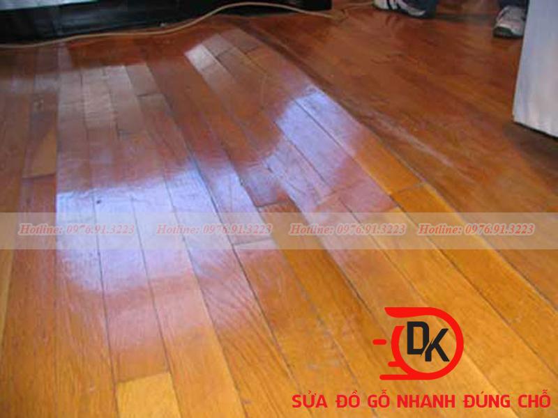 Sàn gỗ công nghiệp bị cong vênh