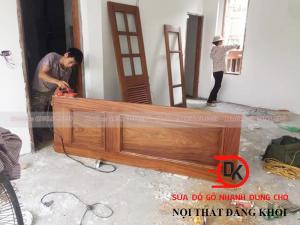 Thợ sửa cửa gỗ